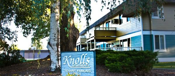 Knolls Apartments
