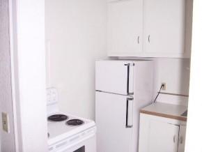 benton-court-kitchen-2